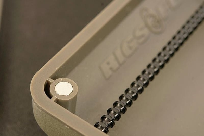 Mini Rigsafe - a case that stores up to 60 pre-tied rigs image 7