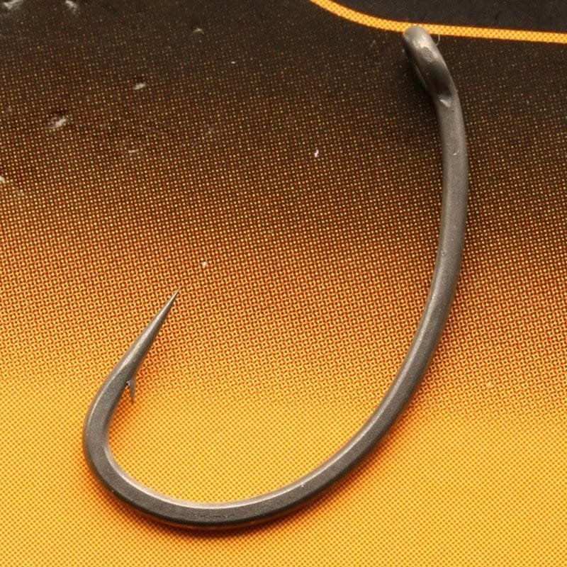 Edges Armapoint Curve Shank Medium Barbed Carp Hooks Pack of 10 image 2