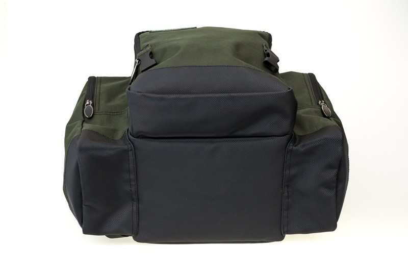 Specialist Compact 30L Rucksack image 9