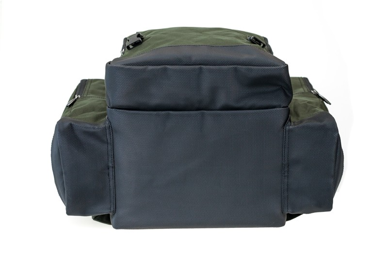 Specialist Compact 40L Rucksack image 9