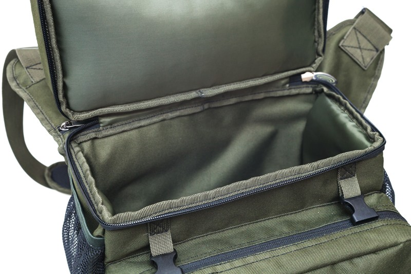 Specialist Compact Roving Bag 20lt image 8