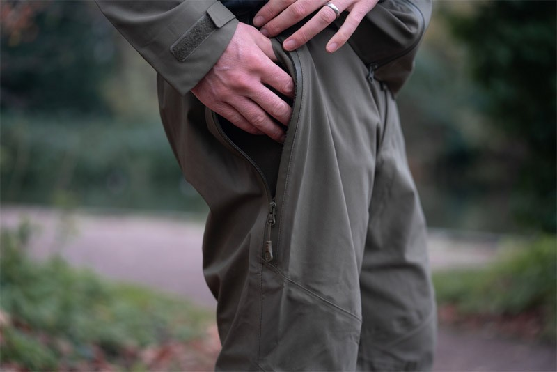 DRYKORE Over Trousers  image 3